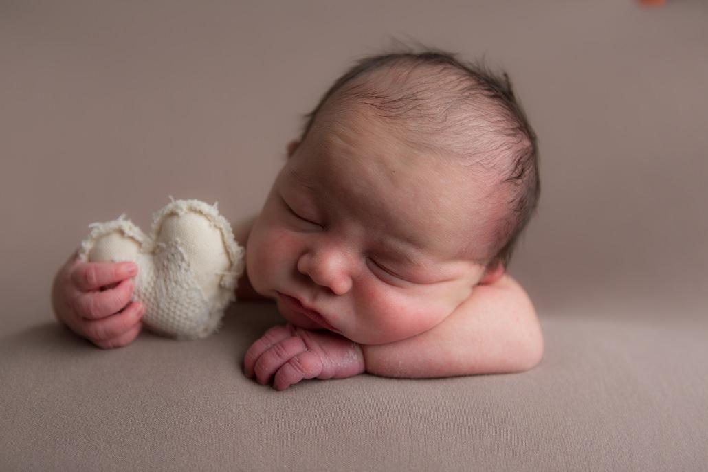 newborn photographer bridgend